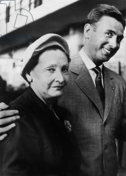 French Singer Charles Trenet on August 7, 1963 Going To Court With his Mother Marie-Louise Caussat For Indecent Assault on Minor, Aix En Provence (b/w photo)