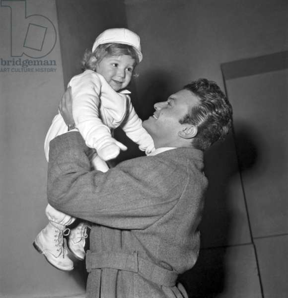 Georges Ulmer With his Son at The Invalides Station in Paris (To Go at The Airport Before Reaching New York) December 7, 1948 (b/w photo)