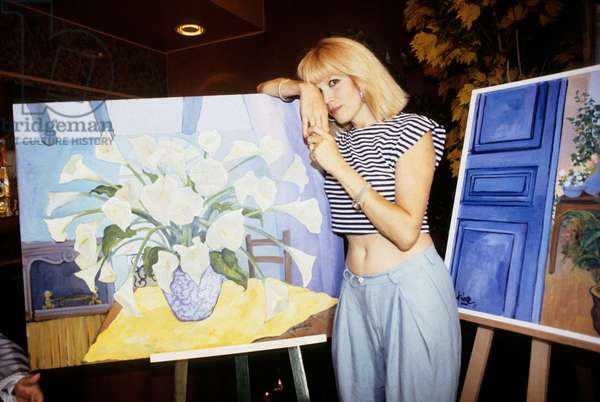 Amanda at Cannes during his Painting Exposition, August 21, 1987 (photo)