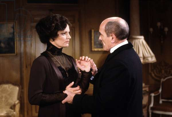 Le telefilm L'affaire Caillaux de Yannick ANDRE avec Marcel BOZUFFI et Catherine Alcover en 1985. (photo)