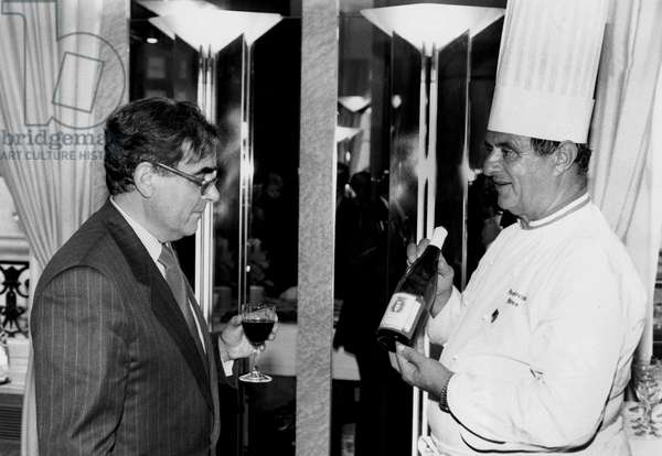 Presenter Bernard Pivot and Chef Paul Bocuse during The Last Evening of Pivot'S Program Apostrophe June 20, 1990 (b/w photo)