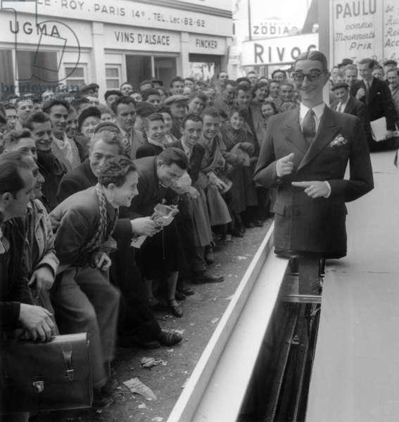 Robot Presented at Paris Fair on May 01, 1951 (b/w photo)