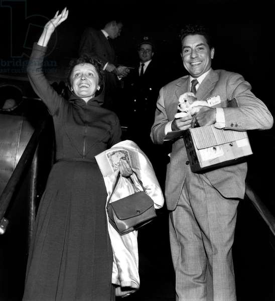 Edith Piaf and Jacques Pills Taking Plane For New York on September 5, 1952 (They Are Going To Marry) (b/w photo)