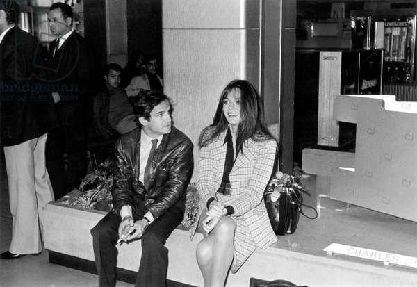 "Director Francois Truffaut and Actress Jacqueline Bisset on Set of Film ""La Nuit Des Milliardaires"" in Nice October 09, 1972 (b/w photo)"