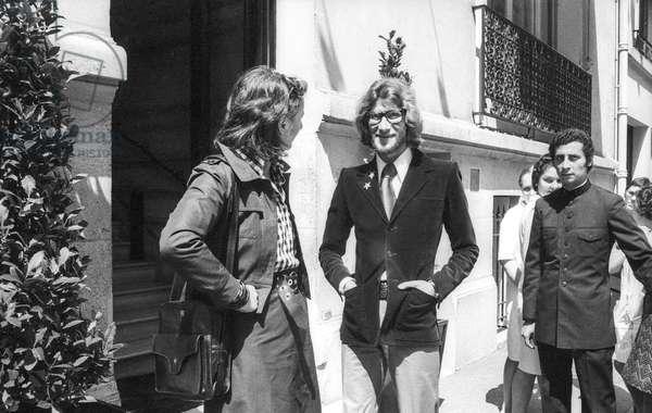 French fashion designer Yves Saint Laurent in Paris, July 26, 1971 (b/w photo)