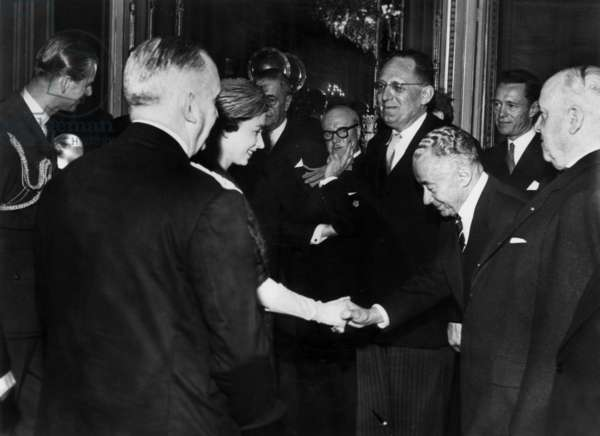 Queen Elizabeth Ii of England in Lille Meeting Paul Reynaud and Maurice Schuman April 12, 1957 (b/w photo)