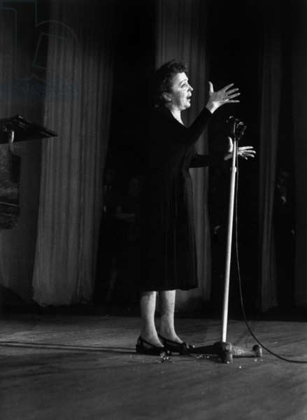 Edith Piaf on Stage in Melun on November 21, 1959 (b/w photo)