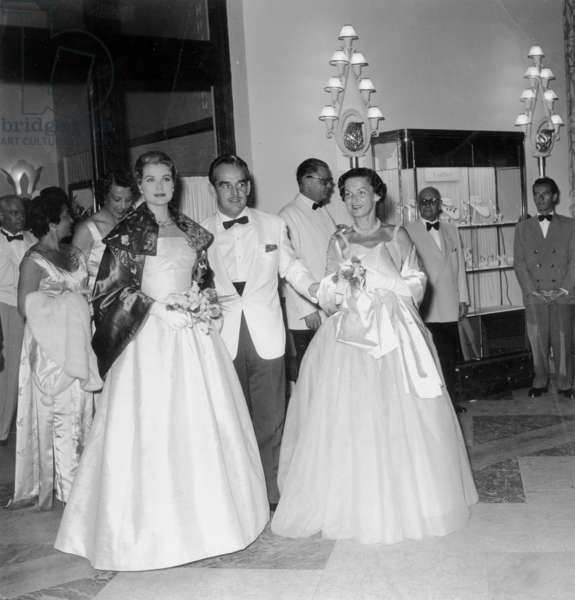 Prince Rainier Iii of Monaco and Princess Grace 1St Official Party For Princess Grace (After The-Wedding) With Princess Antoinette (Sister of Rainier Iii) at Red Cross Gala July 28, 1956 (b/w photo)