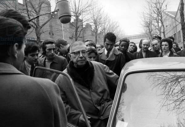 Jean Paul Sartre, Among Journalists, during his Visit at Renault Car Factory in Boulogne : Call of Intellectuals and Left Wing Organizations To Protest Against The Murder of Pierre Overney By Stewards Member at Renault Car Factory February 28, 1972 (b/w photo)