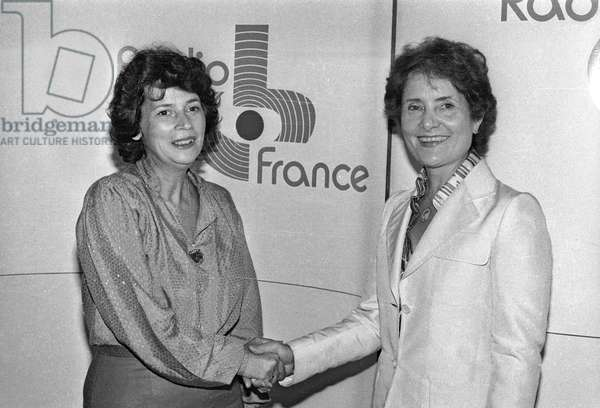 French journalists Michele Cotta and Jacqueline Baudrier on August 7, 1982 in Radio France (b/w photo)
