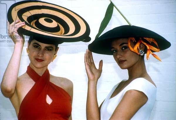 Eccentric Hats (photo)