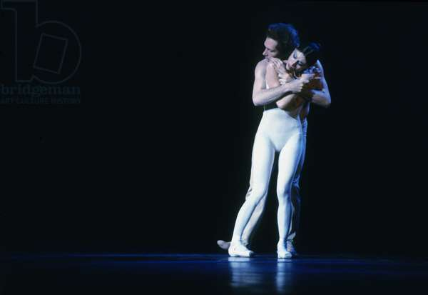 Ballet By Maurice Bejart Ce Que L'Amour M'A Dit in Paris on March 22, 1985 : Jorge Donn and Luciana Savignano (photo)