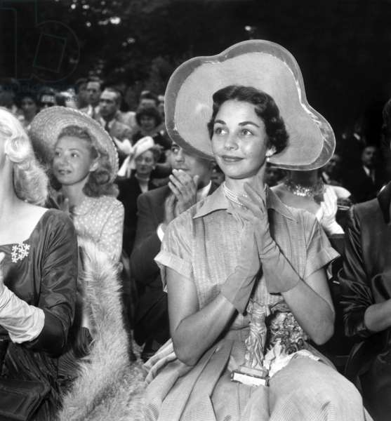Prizegiving of Victories of French Cinema : American Actress Jennifer Jones on June 28, 1949 (b/w photo)