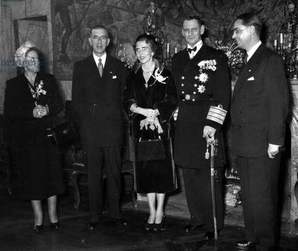 Danish Sovereigns in Paris, here at The Hotel De Lauzun on November 29, 1950 : Mrs Pierre De Gaulle, Pierre De Gaulle, Queen Ingrid of Denmark, King Frederic Ix of Denmark (b/w photo)