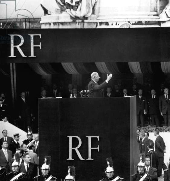 Speech of French President About The Constitution De La 5E Republic, in Paris September 04, 1958 (b/w photo)