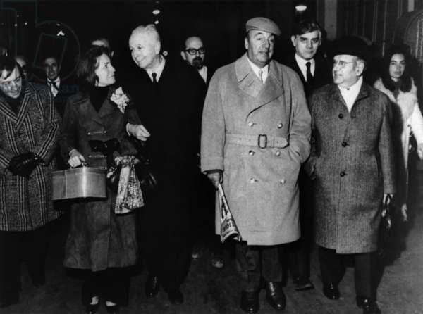 Chilean Poet Pablo Neruda, New Chilean Ambassador in France, Arriving in Paris With Louis Aragon and Matilde Urrutia (Neruda'S Wife), March 23, 1971 (b/w photo)