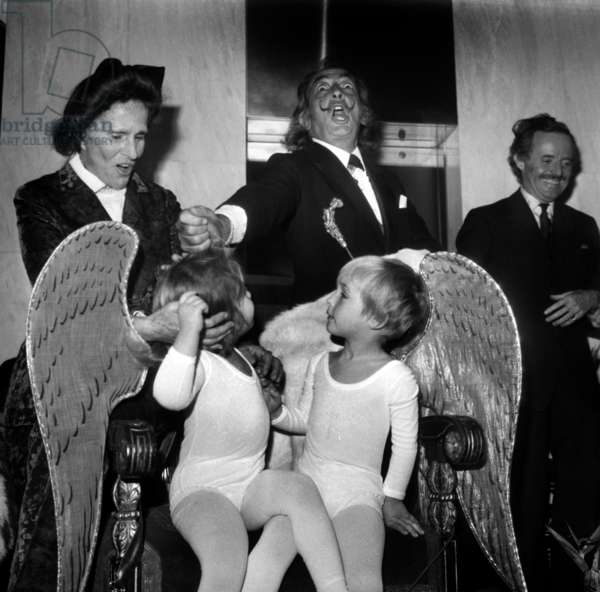 Salvador Dali With Children Dressed Up As Cherubs in A Gallery on November 17, 1971 (b/w photo)