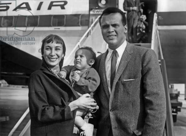 Harry Belafonte With his Wife and his Son , on his Arrival in Paris Airport Before Taking Part To A Gala in Support of The Civil Rights in Usa , March 21, 1966 (b/w photo)