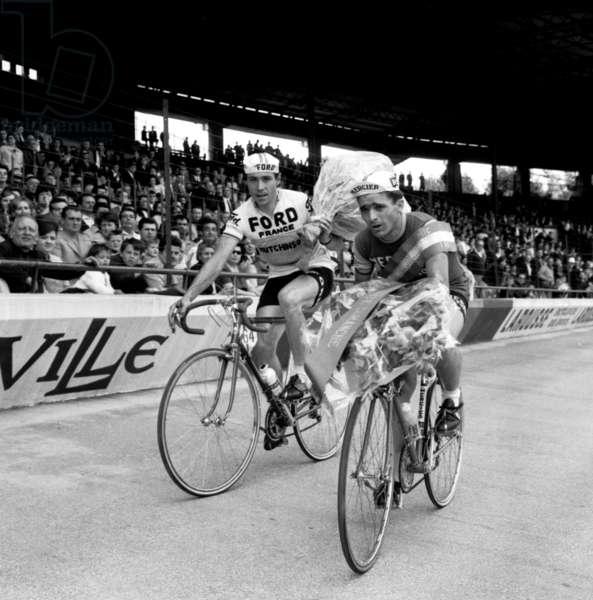 Jean Louis Bodin Wins The Course Les Boucles De Seine At Parc Des Princes Paris June 19, 1966 Here In The Company Of Lemeteyer (b/w photo)
