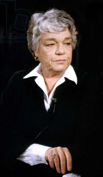 French Actress Simone Signoret (1921-1985) during French TV Programme in February 1985 (photo)