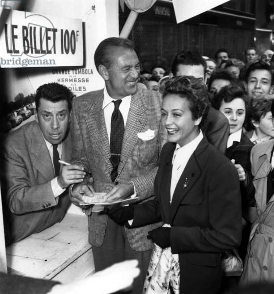 "The ""Kermesse Aux Etoiles"" on May 31, 1953 : Fernandel, Gary Cooper and Gisele Pascal (b/w photo)"