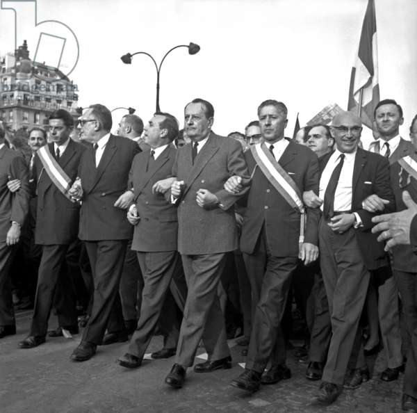 Robert Poujade, Michel Debre and Andre Malraux during the demonstrations to encourage President De Gaulle, Paris, 30 May 1968 (photo)