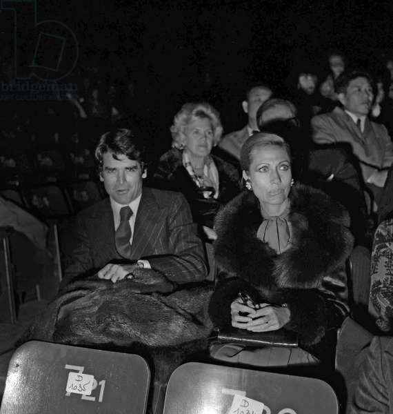 Helene Rochas and Kim d'Estainville at premiere of Moscow circus in Paris, November 22, 1973 (b/w photo)