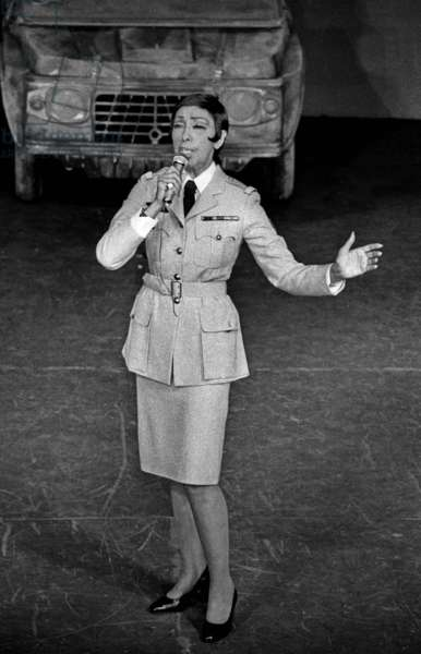 Josephine Baker during the rehearsal of her show at Bobino, Paris, 24 March 1975 (photo)