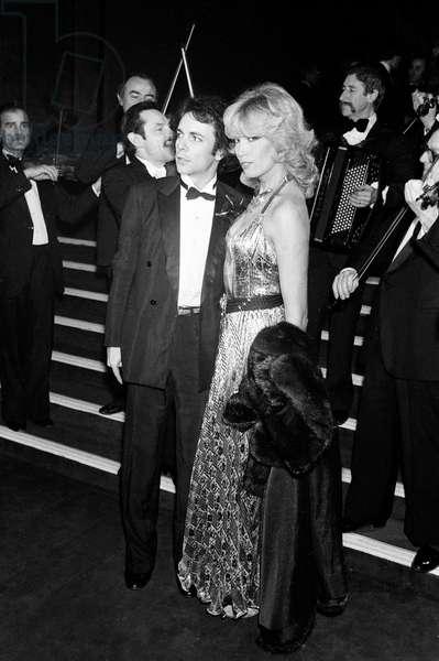 Amanda Lear and her husband Alain Philippe Malagnac d'Argens de Villele at the UNICEF Gala, The Moulin Rouge, Paris, 31 January 1980 (photo)