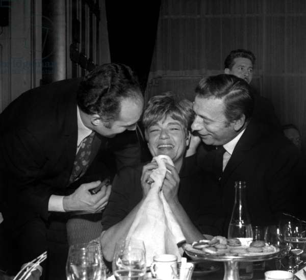 "Michel Piccoli, Simone Signoret and Yves Montand at a party for end of the filming of ""Is Paris burning ?"", 17 December 1965 (photo)"