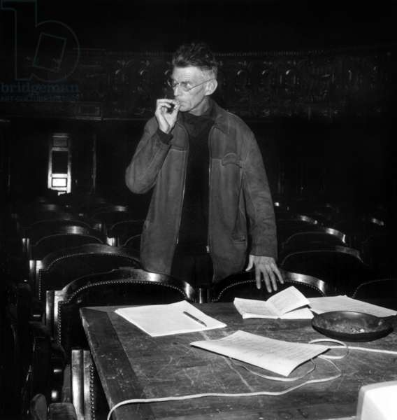 Samuel Beckett during the rehearsal of a play, 21 September1963 (photo)