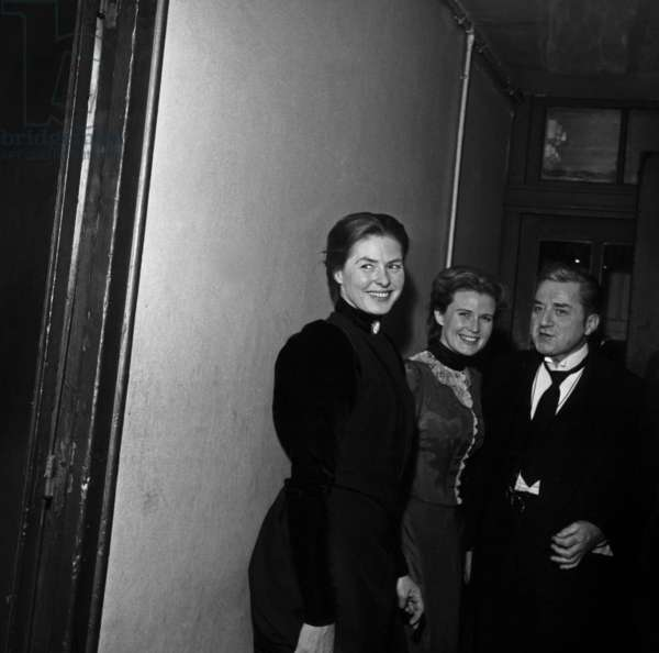 """Actors Ingrid Bergman and Claude Dauphin in the backstage at the Premiere of the play """"Hedda Gabler"""", Paris, 5 December 1962 (photo)"""