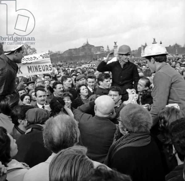 Strike of Miners, demonstration in Paris, 13 March 1963 (photo)