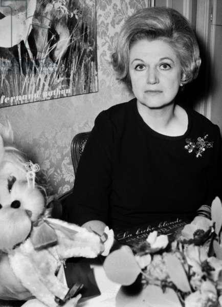 French writer Micheline Sandrel on November 26, 1968 (photo)