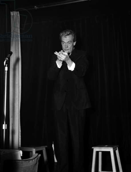 Roger Lanzac at the Cabaret Don Camillo, 9 December 1966 (photo)