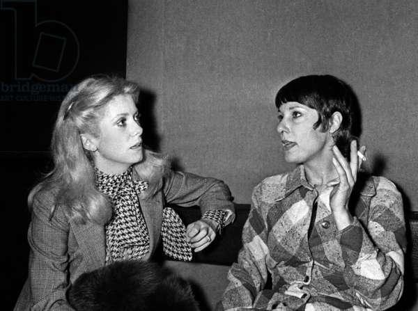 Catherine Deneuve and Bernadette Lafont, 1975 (photo)