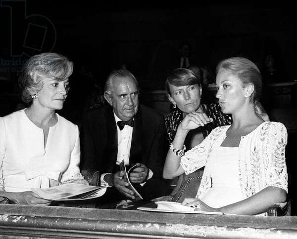 """Averell Harriman, Princess Paola of Belgium at the Premiere of the Ballet """"La Traviata"""" by Maurice Bejart, 13 September 1973 (photo)"""