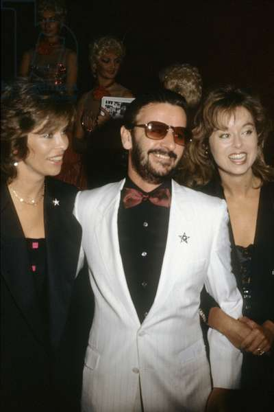 Ringo Starr and his wife Barbara Bach at the concert of Frank Sinatra, the Moulin Rouge, Paris, 25 September 1984 (photo)
