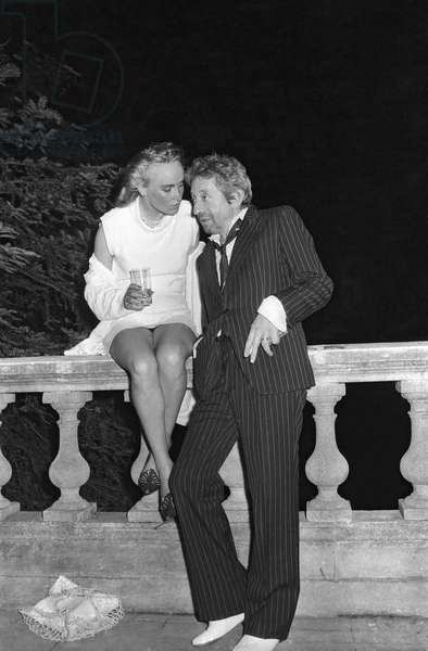 Serge Gainsbourg at the party after wedding of Eddie Barclay and Cathy, Pavillon d'Armenonville, Paris 22 June 1984 (photo)