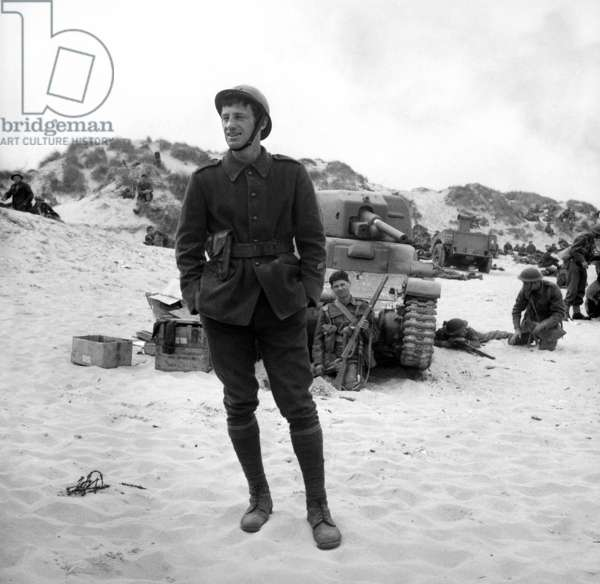 "Jean Paul Belmondo on the set of the film ""Weekend"" at Dunkirk, France, 1964 (photo)"