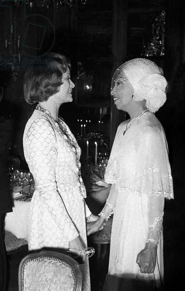 Princess Grace of Monaco congratulating Josephine Baker at the Gala for Josephine' career,  9 April 1975  (photo)