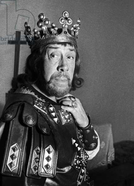 "Fernandel on the set of the film ""Good King Dagobert"", 4 June 24, 1963 (photo)"