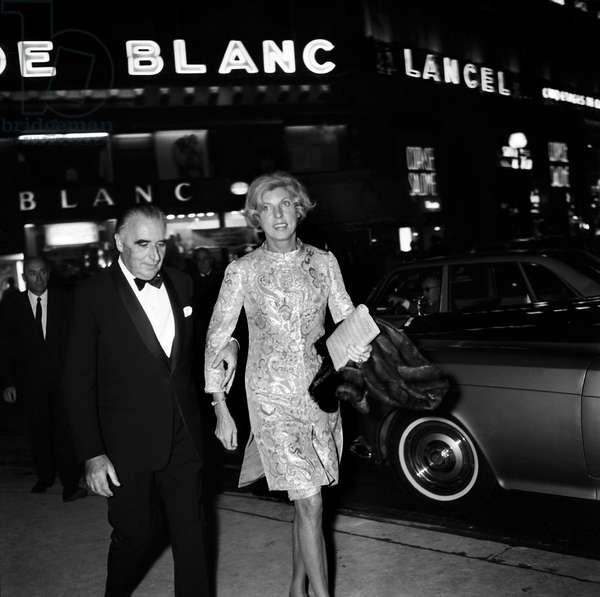 """Georges Pompidou and his wife Claude at the screening of the film """"Phedre"""" at Paris Opera House, 15 October1968 (photo)"""