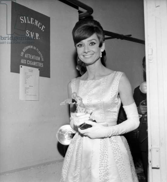 "Audrey Hepburn at the ""Nuit du Cinema"" (Prize giving Ceremony), 28 October 1965 (photo)"