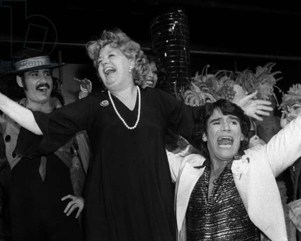 Actress Shelley Winters at the Alcazar in Paris, 1976 (photo)