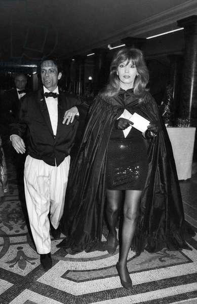 Amanda Lear and her husband Alain Philippe Malagnac d'Argens de Villele at the Gala at the Opera, Paris, 3 June, 1988  (photo)