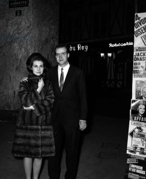 The Prince Juan Carlos of Spain with his wife Sophie leaving the French restaurant The table of the King In Paris, 27 January 1969 (photo)