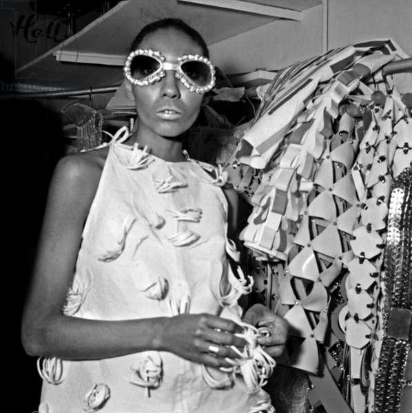 Fashion by Paco Rabanne, 26 January 26, 1967 (photo)