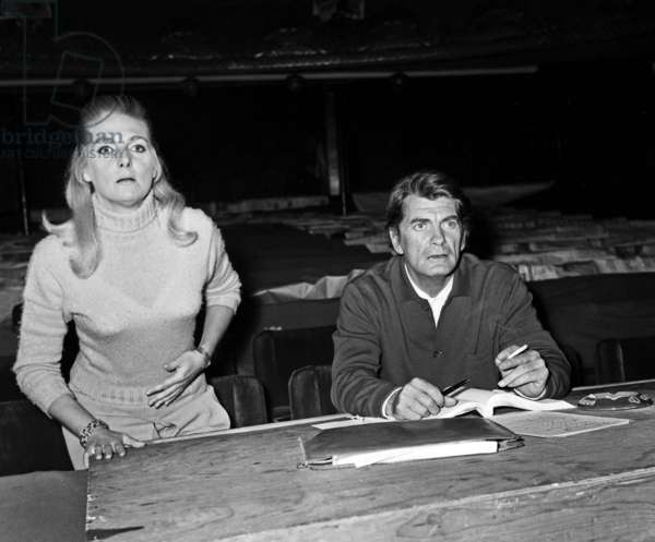 """Madeleine Clervanne and Jean Marais during the rehearsal of the play """"Le disciple du Diable"""", 31  August 1968 (photo)"""