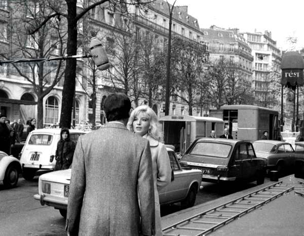 Maurice Ronet and Monica Vitti on the set of the film The Scarlet Lady, Paris, 25 November 25, 1968 (photo)